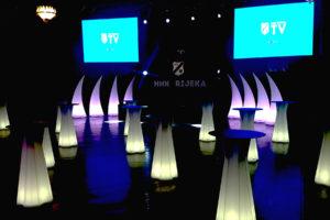 svjetleći stolovi i dekorativna rasvjeta