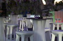 barski stol frozen za najam