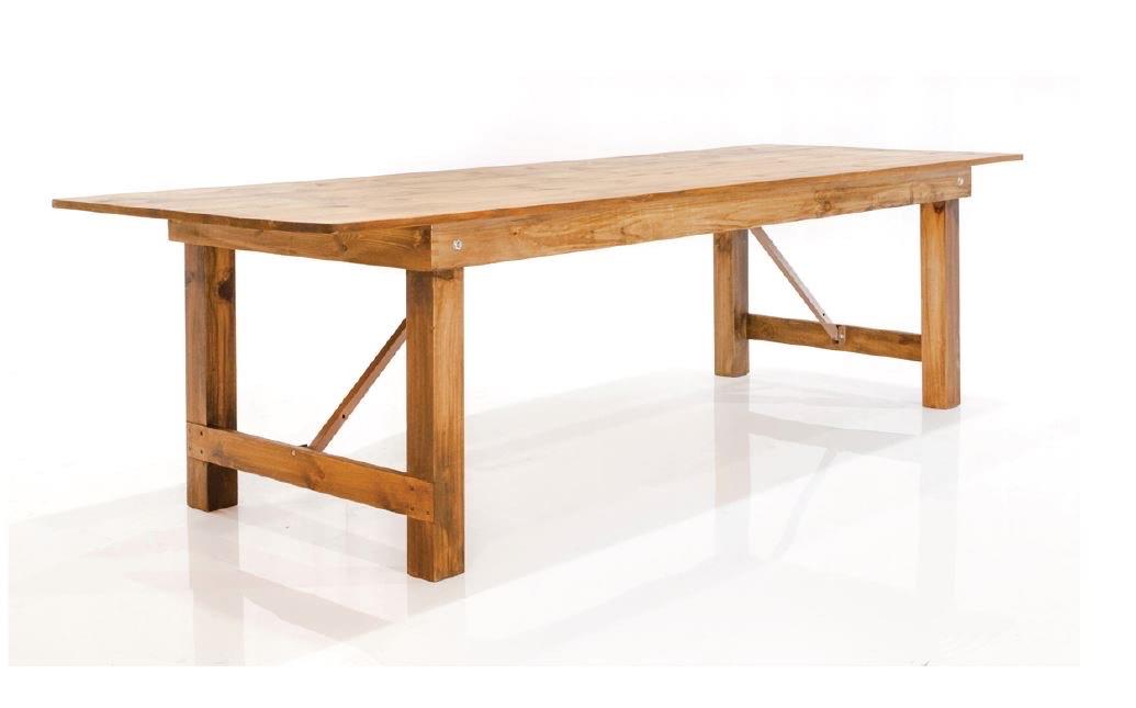 drveni stol za najam